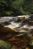 Βράχοι σε έναν ποταμό Στοκ εικόνα με δικαίωμα ελεύθερης χρήσης