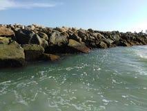 Βράχοι στην παραλία της Βενετίας Φλώριδα Στοκ εικόνες με δικαίωμα ελεύθερης χρήσης