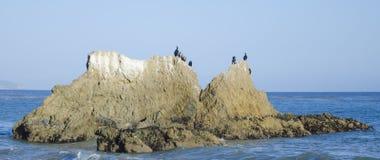 Βράχοι στην παραλία Malibu Στοκ φωτογραφίες με δικαίωμα ελεύθερης χρήσης