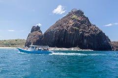 Βράχοι στο Fernando de Noronha Island Στοκ φωτογραφία με δικαίωμα ελεύθερης χρήσης