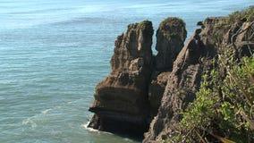 Βράχοι τηγανιτών στο Westcoast, νότιο νησί, Νέα Ζηλανδία απόθεμα βίντεο