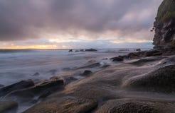 Βράχοι της Misty μετά από τη βροχή Στοκ εικόνες με δικαίωμα ελεύθερης χρήσης
