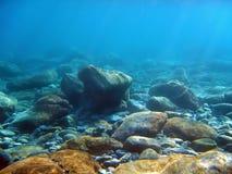 βράχοι υποβρύχιοι Στοκ εικόνες με δικαίωμα ελεύθερης χρήσης