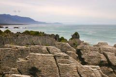 Βράχοι Punakaiki ή τηγανιτών, δυτική ακτή, Νέα Ζηλανδία Στοκ Εικόνα