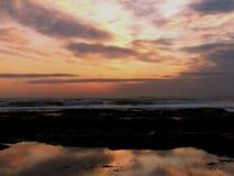 βράχος αντανάκλασης λιμνών Στοκ φωτογραφίες με δικαίωμα ελεύθερης χρήσης