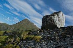 Βράχος και αιχμή Στοκ Φωτογραφία
