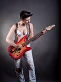 βράχος παιχνιδιού κιθάρων & Στοκ φωτογραφία με δικαίωμα ελεύθερης χρήσης