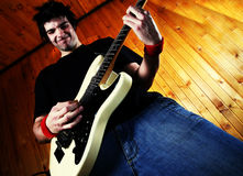 βράχος παιχνιδιού κιθαριστών κιθάρων Στοκ Εικόνες