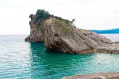 Βράχος στο νησί στο Μαυροβούνιο Στοκ φωτογραφία με δικαίωμα ελεύθερης χρήσης