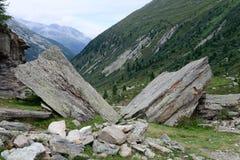 Βράχος όπως ένα βιβλίο στα βουνά στην Αυστρία Στοκ Εικόνες