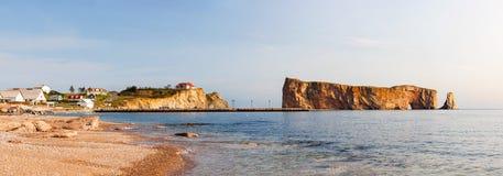 Βράχος Perce Gaspe στη χερσόνησο Στοκ εικόνες με δικαίωμα ελεύθερης χρήσης
