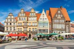 Βρέμη, Γερμανία: Ιστορικά σπίτια στο παραδοσιακό ύφος αρχιτεκτονικής στοκ εικόνες