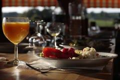 βραδυνό πανδοχείων πιάτων &chi Στοκ εικόνα με δικαίωμα ελεύθερης χρήσης