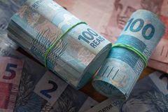 Βραζιλιάνα χρήματα, διαφορετικά μετονομασίες/reais στοκ φωτογραφίες