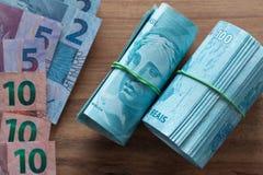 Βραζιλιάνα χρήματα, διαφορετικές μετονομασίες 100 reais στοκ εικόνες με δικαίωμα ελεύθερης χρήσης