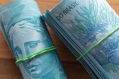 Βραζιλιάνα χρήματα, μετονομασίες 100 reais/επιχείρηση στοκ εικόνες