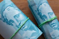 Βραζιλιάνα χρήματα, μετονομασίες 100 reais στοκ φωτογραφία