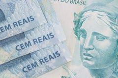 Βραζιλιάνα ανασκόπηση χρημάτων Bill αποκαλούμενοι πραγματικοί Στοκ Εικόνες