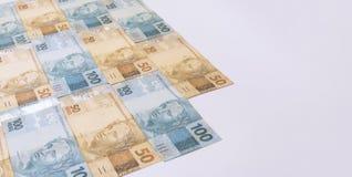 Βραζιλιάνα χρήματα με το κενό διάστημα Bill αποκαλούμενοι πραγματικές, διαφορετικές τιμές Στοκ Εικόνες