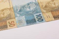 Βραζιλιάνα χρήματα με το κενό διάστημα Bill αποκαλούμενοι πραγματικές, διαφορετικές τιμές Στοκ εικόνα με δικαίωμα ελεύθερης χρήσης