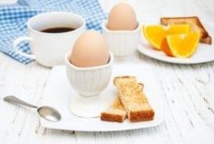 βρασμένα αυγά προγευμάτω&nu Στοκ εικόνες με δικαίωμα ελεύθερης χρήσης