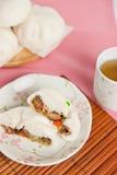 Βρασμένα στον ατμό κουλούρια χοιρινού κρέατος, κινεζικό αμυδρό ποσό Στοκ εικόνα με δικαίωμα ελεύθερης χρήσης