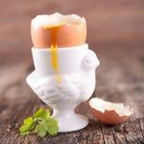 βρασμένο αυγό μαλακό Στοκ εικόνα με δικαίωμα ελεύθερης χρήσης