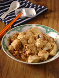 Βρασμένο στον ατμό tofu με τον κιμά στο ζωμό στοκ εικόνα με δικαίωμα ελεύθερης χρήσης