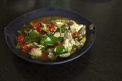 Βρασμένο χοιρινό κρέας με το σκόρδο ασβέστη και τη σάλτσα τσίλι (NAO (Εθνικός Οργανισμός Διαιτησίας) μουγκρητού μΑ στοκ εικόνα