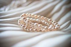 Βραχιόλι μαργαριταριών Στοκ φωτογραφία με δικαίωμα ελεύθερης χρήσης
