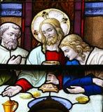 Βραδυνό του Ιησού επιτέλους στη Μεγάλη Πέμπτη - λεκιασμένο γυαλί σε Meche Στοκ Φωτογραφία