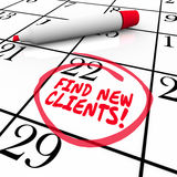 Βρείτε τις νέες πωλήσεις πώλησης ημερολογιακής προοπτικής λέξεων πελατών Στοκ Φωτογραφία