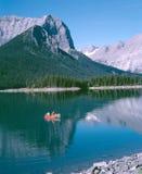 βρετανικά άτομα δύο λιμνών του Καναδά Κολούμπια αλιεύοντας Στοκ Εικόνες