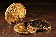Βρετανικά κυρίαρχα χρυσά νομίσματα Στοκ Εικόνα