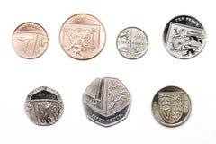 Βρετανικά νομίσματα σε ένα άσπρο υπόβαθρο Στοκ Εικόνες