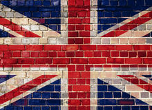 Βρετανική σημαία σε μια ανασκόπηση τουβλότοιχος Στοκ φωτογραφία με δικαίωμα ελεύθερης χρήσης