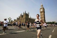 2013, βρετανικός μαραθώνιος 10km Λονδίνο Στοκ εικόνα με δικαίωμα ελεύθερης χρήσης
