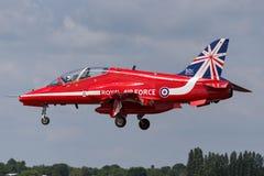 Βρετανικό αεροδιαστημικό γεράκι Τ της Royal Air Force RAF 1 XX244 της ομάδας επίδειξης της Royal Air Force Aerobatic τα κόκκινα β Στοκ Εικόνες