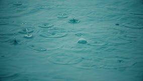 Βροχή εν πλω, σε αργή κίνηση βίντεο φιλμ μικρού μήκους