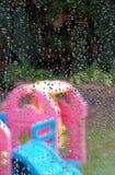 βροχή παιχνιδιού που σταμ& Στοκ Φωτογραφίες