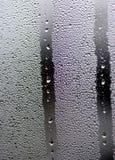Βροχή σε ένα παράθυρο Στοκ εικόνες με δικαίωμα ελεύθερης χρήσης