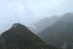 Βροχή στα βουνά στοκ εικόνα