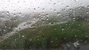 Βροχή στο γυαλί αυτοκινήτων στοκ εικόνα