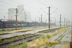βροχερό τραίνο σταθμών Στοκ εικόνα με δικαίωμα ελεύθερης χρήσης