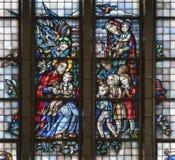 Βρυξέλλες - Ιησούς και τα παιδιά - windowpane Στοκ φωτογραφίες με δικαίωμα ελεύθερης χρήσης