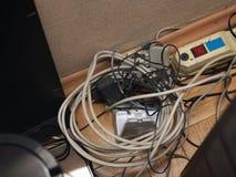 Βρωμίστε των ηλεκτρικών καλωδίων στοκ εικόνες με δικαίωμα ελεύθερης χρήσης