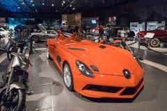 Βρύο 2009 της Mercedes-Benz SLR McLaren Stirling στην έκθεση στο βασιλιά Αμπντουλάχ ΙΙ μουσείο αυτοκινήτων στο Αμμάν, η πρωτεύουσ στοκ φωτογραφίες με δικαίωμα ελεύθερης χρήσης