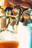 Βρύσες μπύρας σε ένα μπαρ Στοκ φωτογραφία με δικαίωμα ελεύθερης χρήσης