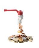 Βρύση με τα χρήματα που αφορούν ένα άσπρο υπόβαθρο στοκ φωτογραφία