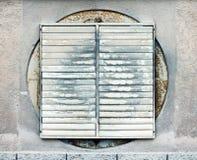 βρώμικα κάγκελα ventilaton Στοκ Εικόνες